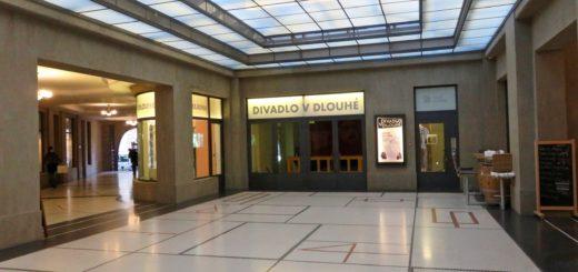 Divadlo v Dlouhé, Prag