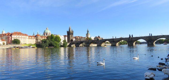 Prag, Karlsbrücke über die Moldau