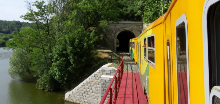 Bahnstrecke Prag - Teinitz